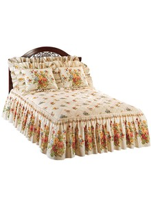 Quilt-Top Floral Bedspread Collection