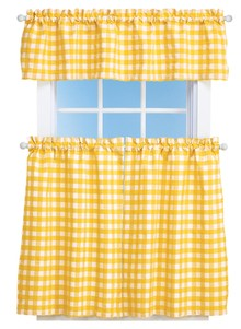 Classic Check Curtain Set