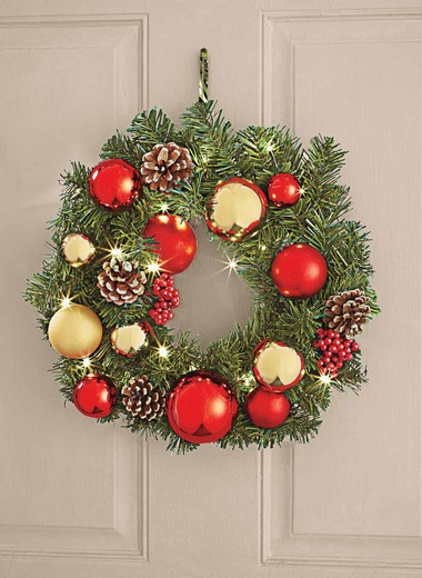 Prelit Christmas Wreath.16and34 Pre Lit Christmas Wreath