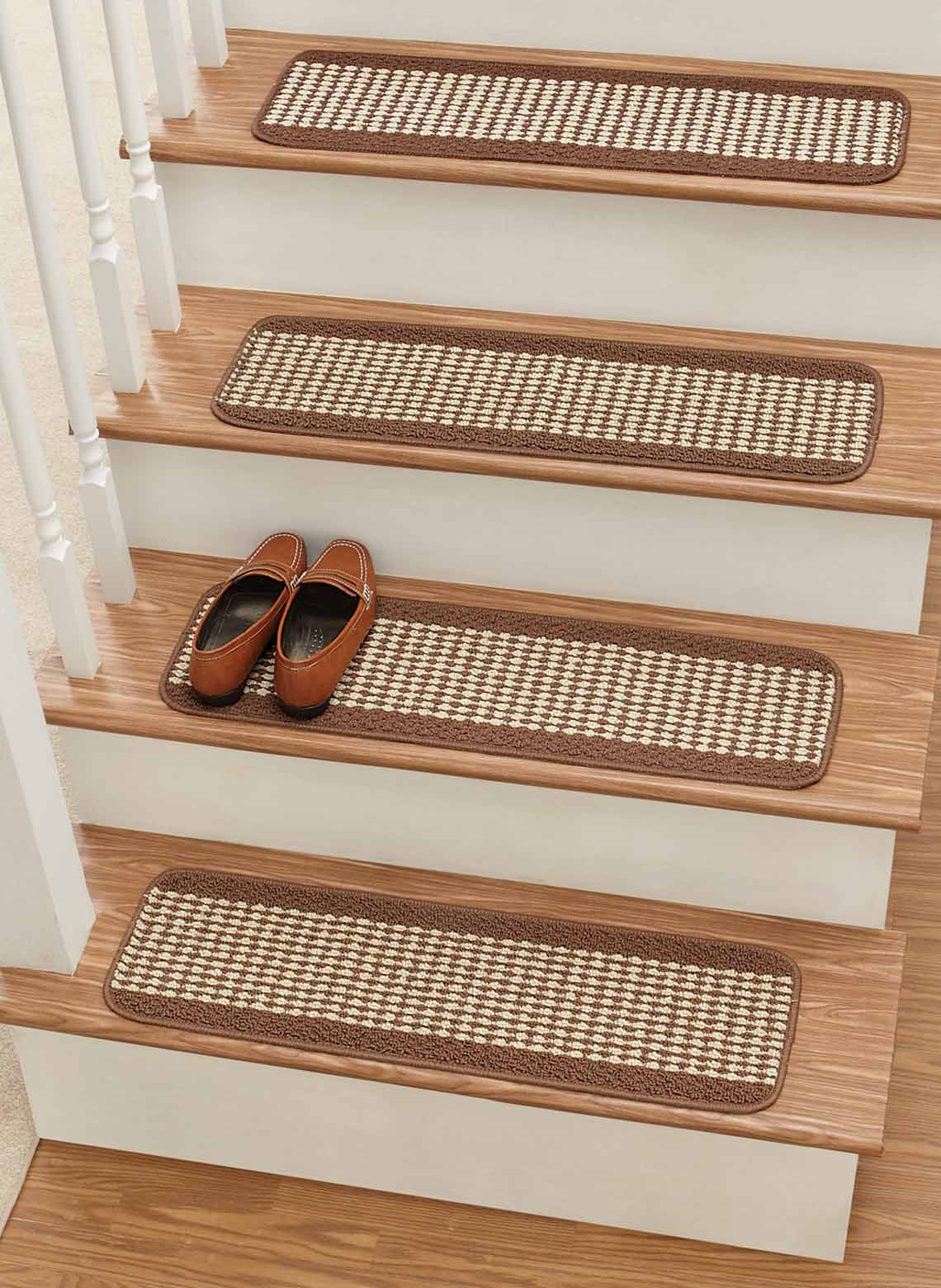 Non slip stair treads - Non skid treads for exterior stairs ...